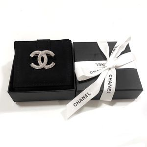 CHANEL Jewelry - Authentic Chanel CC Diamanté Crystals Brooch